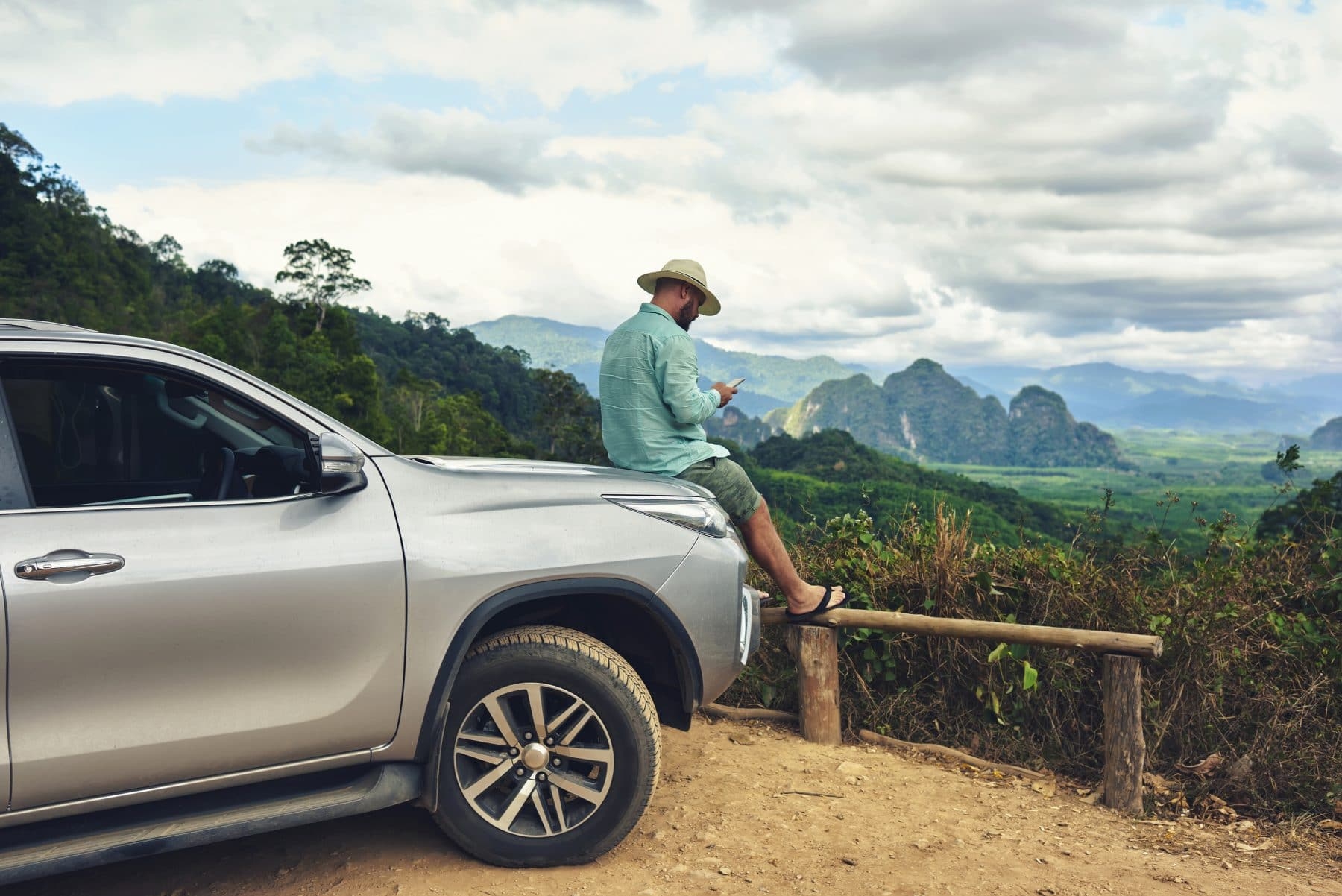 Expert Guide: How to Rent a Car Cheaply and Safely in Costa Rica